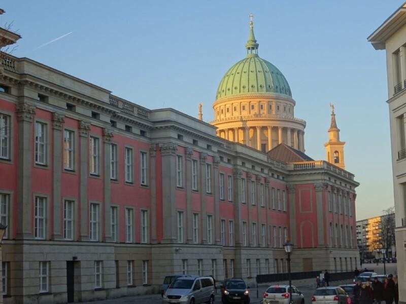 Stadtschloss Potsdam mit Nikolaikirche